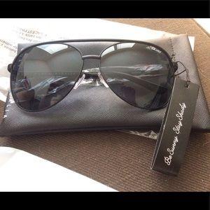 Vivienne Quay Women's Sunglasses - Glamorous!